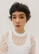 ニュアンスパーマのショートスタイル(髪型ベリーショート)