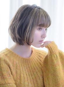 上品白髪をぼかせるハイライト(ビューティーナビ)