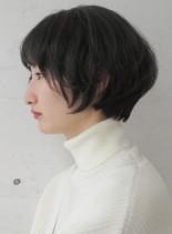 黒髪でも似合うショートボブ(髪型ショートヘア)