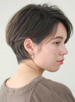エアリー感のある大人ハンサムショート(髪型ショートヘア)