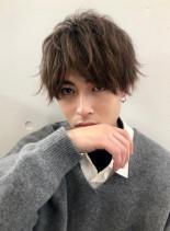 スパイラルパーマ×刈り上げショート(髪型メンズ)