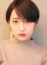 前髪長めの大人美人ショートヘア(髪型ショートヘア)