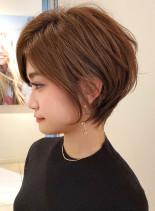 前下がりショートで美人シルエット☆(髪型ショートヘア)