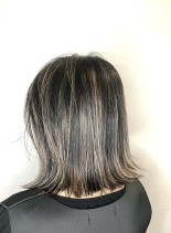 90年代風ブラック&ハイライト(髪型ボブ)