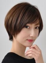 頭の形が綺麗に見えるショートスタイル(髪型ショートヘア)