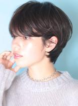 大人の暗髪◇耳掛けニュアンスショート(髪型ショートヘア)