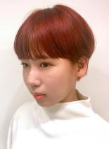 レッドオレンジカラー×ショートへア(髪型ショートヘア)