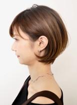 ふんわり丸みの美シルエットショートボブ(髪型ショートヘア)