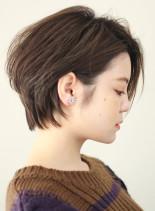 エアリー感のあるくびれショート(髪型ショートヘア)