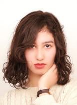 癖毛を活かしたナチュラルボブ(髪型ミディアム)
