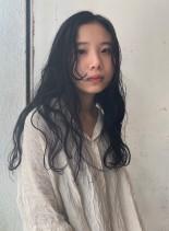 ナチュラルウェーブロング(髪型ロング)