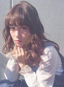 透け感カラーの愛されセミロング☆