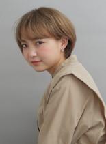 大人ハイトーンショート(髪型ショートヘア)