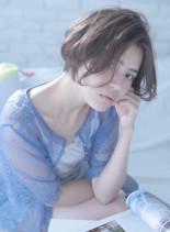 外国人風の柔らか質感ショートボブ(髪型ショートヘア)
