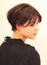 シルエット美人。人気のハンサムショート(髪型ショートヘア)