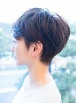 カジュアルショートレイヤー(髪型ベリーショート)