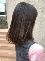 甘過ぎない大人女子のロングボブ(髪型ミディアム)