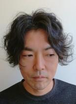 フラッフィーセンターパート(髪型メンズ)