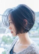 ひし形シルエットショートボブ(髪型ショートヘア)