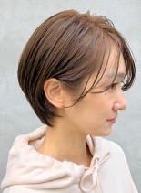 耳かけ大人ショート(髪型ショートヘア)