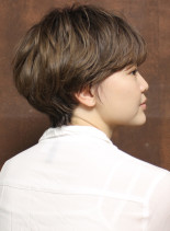 大人レイヤーショート(髪型ショートヘア)