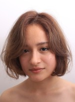 くせ毛を活かして作るボブヘアー
