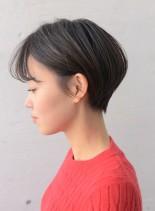 シルエットにこだわったコンパクトショート(髪型ショートヘア)