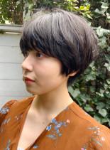 大人のシンプルマッシュショート(髪型ショートヘア)