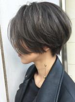 40代50代大人かわいいハンサムショート(髪型ショートヘア)