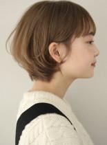 ふんわり丸み耳掛けショートヘア(髪型ショートヘア)
