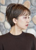 耳に掛けられる ☆ ツヤショートボブ(髪型ショートヘア)