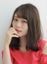 大人のこなれ感×フェミニンレイヤーミディ(髪型ミディアム)