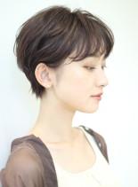 柔らか質感のコンパクトショートボブ(髪型ショートヘア)
