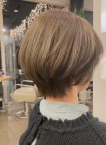 すっきりくびれショート(髪型ショートヘア)
