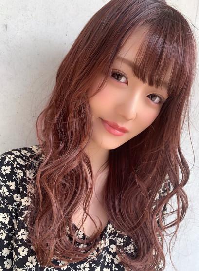 春カラー ピンクレッド(髪型ロング)