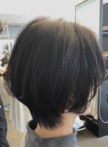 大人女性のこなれショートヘア(髪型ショートヘア)