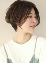 手入れ簡単 前髪長めショートカット(髪型ショートヘア)