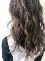 20〜30代 大人女子のジェシカライツ(髪型ロング)