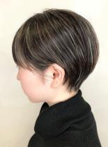 美シルエットショートカット(髪型ショートヘア)