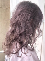 ピンクアッシュゆるふわミディ(髪型セミロング)