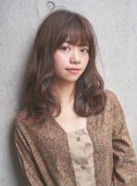 ふるふわセミロング(髪型セミロング)