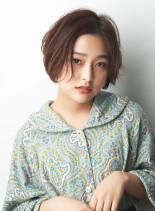 前髪長めの丸みショート(髪型ショートヘア)