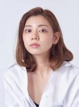 凛としたミディアムレイヤー(髪型ミディアム)