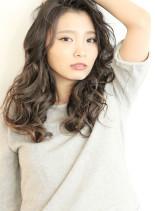 外国人風×イルミナアッシュグレーMIX(髪型ロング)