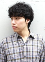 男らしいミックスパーマショート(髪型メンズ)