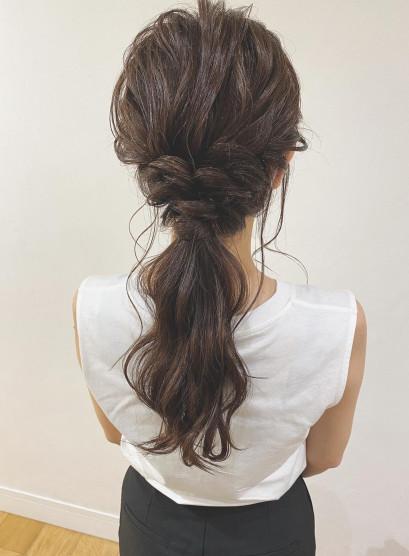 オトナ女子のヘアアレンジ(髪型セミロング)