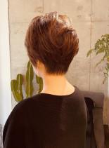 304050代大人綺麗なショート(髪型ショートヘア)
