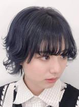 ショートウルフ×ブルージュカラー(髪型ショートヘア)