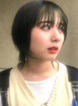 ショートウルフ×インナーグリーンカラー(髪型ショートヘア)