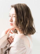 外国人風ミディアムボブ(髪型ミディアム)